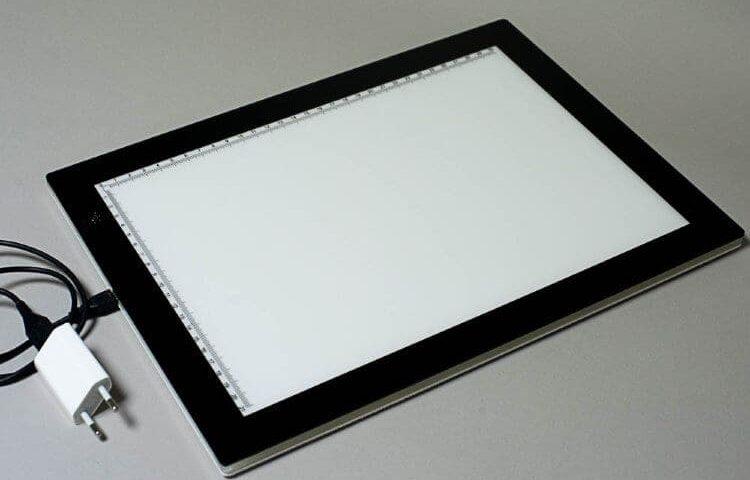 Световой планшет для рисования и черчения на просвет